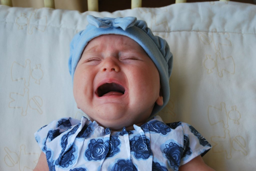 baby with colic